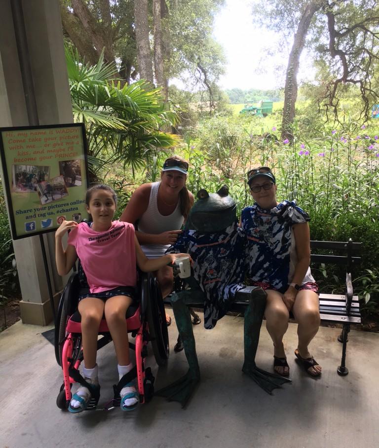 Kara, Jen, Waddy the Frog at Tea Plantation, SC